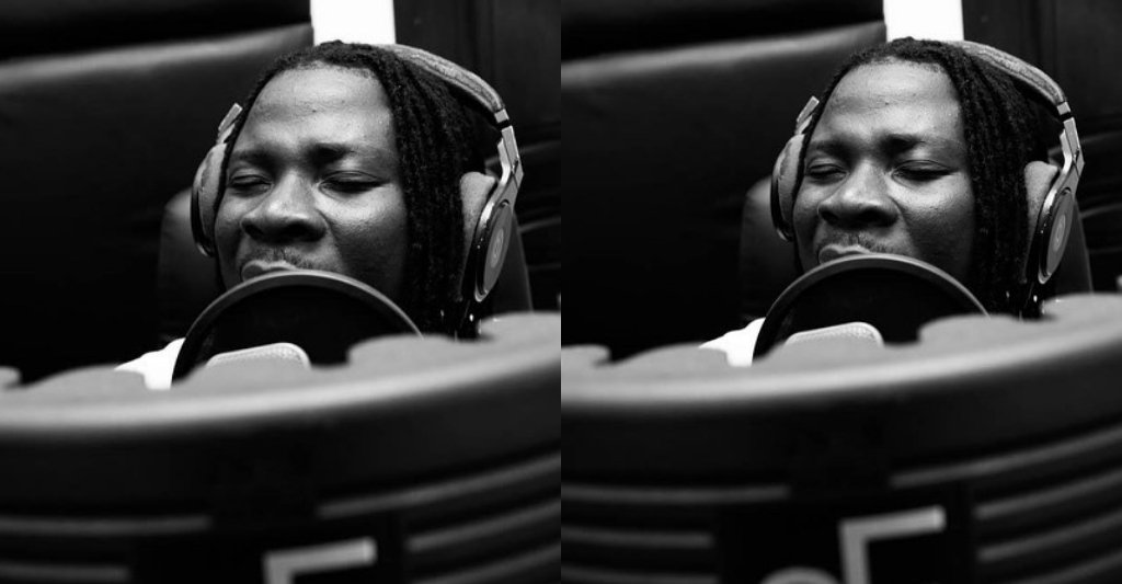 My AJ Album Is The Biggest In Ghana Right Now - Stonebwoy Claims 5 » Best Tech News, Gadgets, FinTech and Telco news.