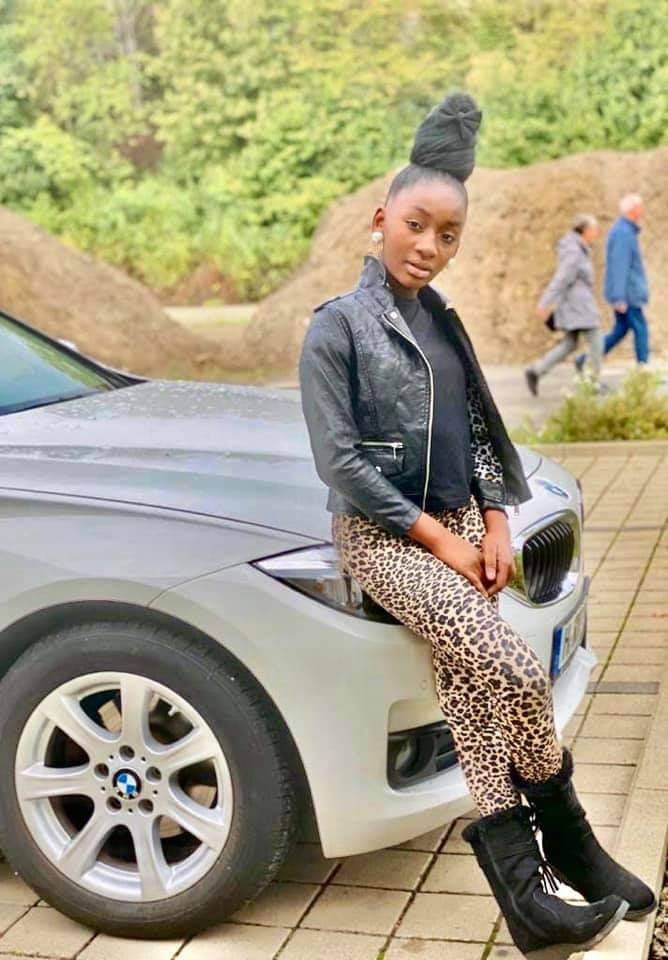 Photos: 12 Years Old Bulldog's Daughter Causes Stir. 3 - Globecalls.com is a 24/7 Entertainment News Outlet In West Africa Serving Its Readers With The Best In Music, News, Events, And World Happenings.