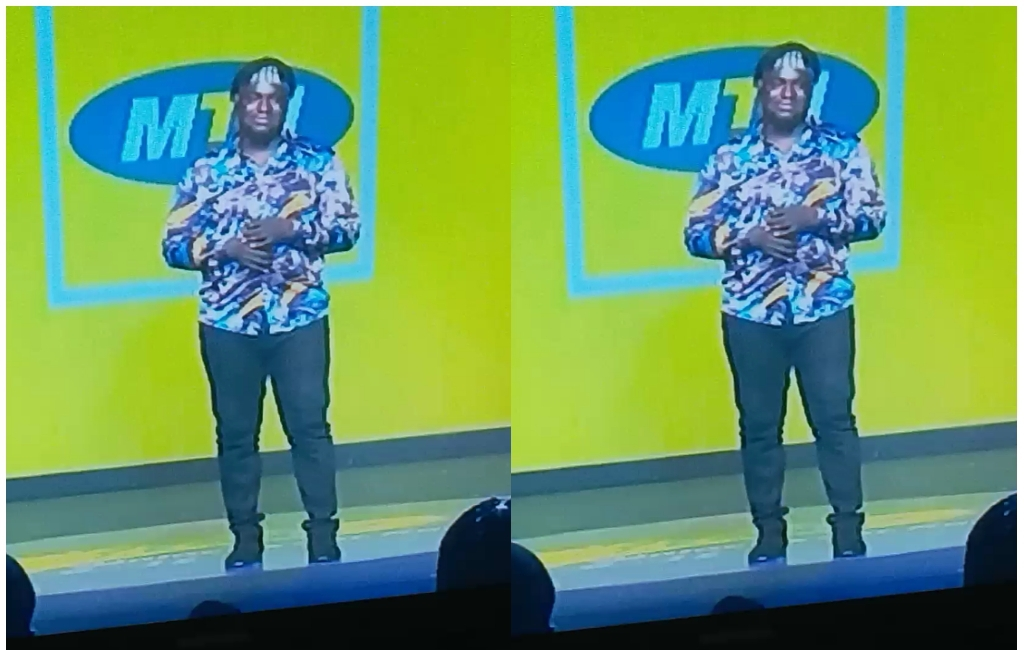 MTN Hitmaker Josh Black Proposed To His Girl On Stage 2 » Best Tech News, Gadgets, FinTech and Telco news.