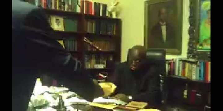 sALIS YAKUBU RECORDSAkufo Addo taking bribe