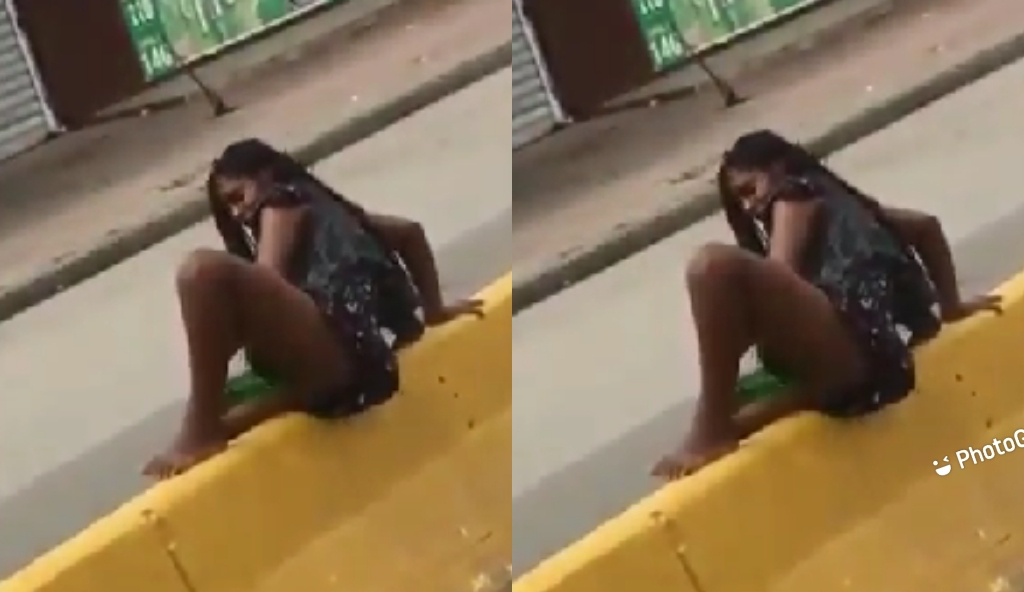 Super High Slay Queen Uses Bottle For The Job