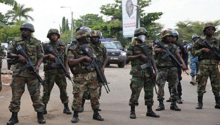 Impending War! 6 Policemen Beat Up A Soldier To Pulp. 2 » Best Tech News, Gadgets, FinTech and Telco news.