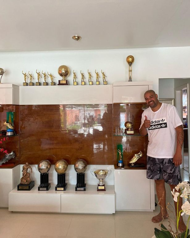 Ex Footballer Adriano Sells His Mansion, Moves Into A Hotel With His Medals