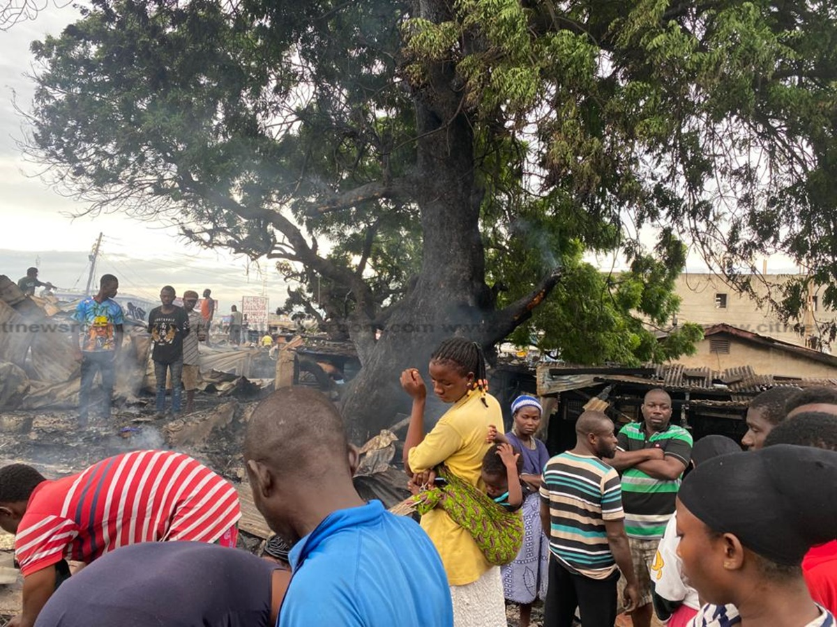 Just In: Fire Destroys Part Of Railway Quarters In Accra