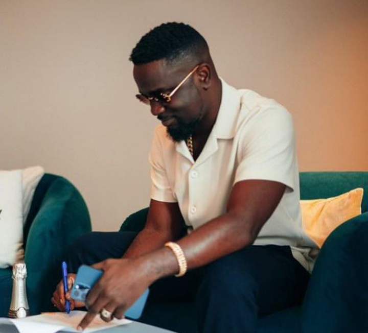 Sarkodie Lands A Publishing Deal With Sony Music